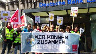 Streiktag in Aachen am 14. März. Zwei Filialen blieben geschlossen.