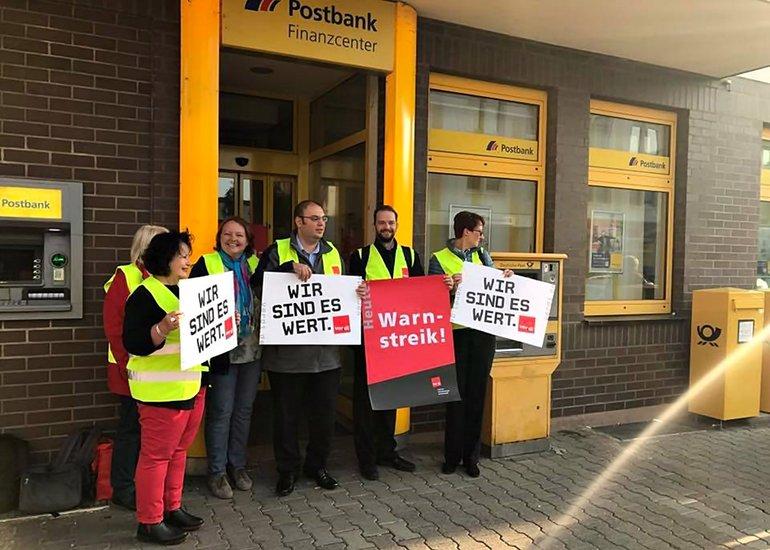 Postbank-Streik in Mannheim-Neckarau am 22.09.2017