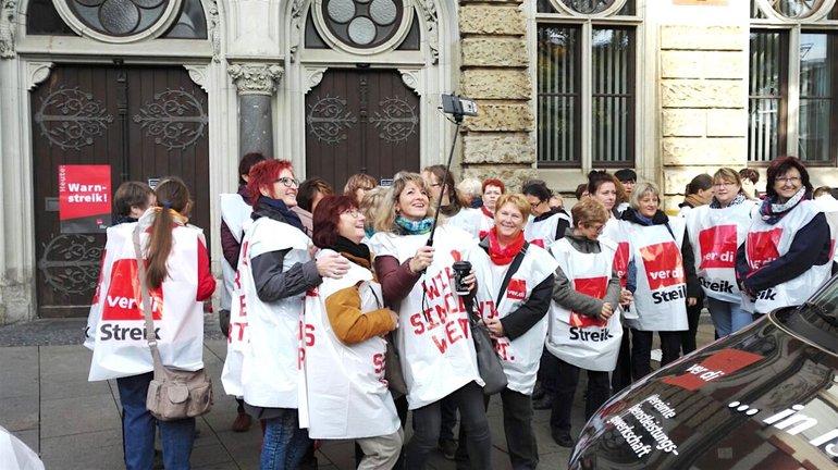 Streikende in Erfurt am Mittwoch