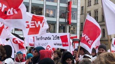 Sparkassenbeschäftigte in SAT im Warnstreik (22.03.2018)