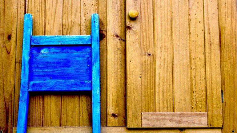 Stuhl Tür Verhandlung Abbruch