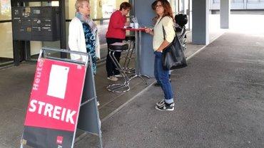Streik bei der Postbank Stuttgart 01
