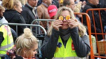 500 Kolleginnen und Kollegen streiken in Hameln