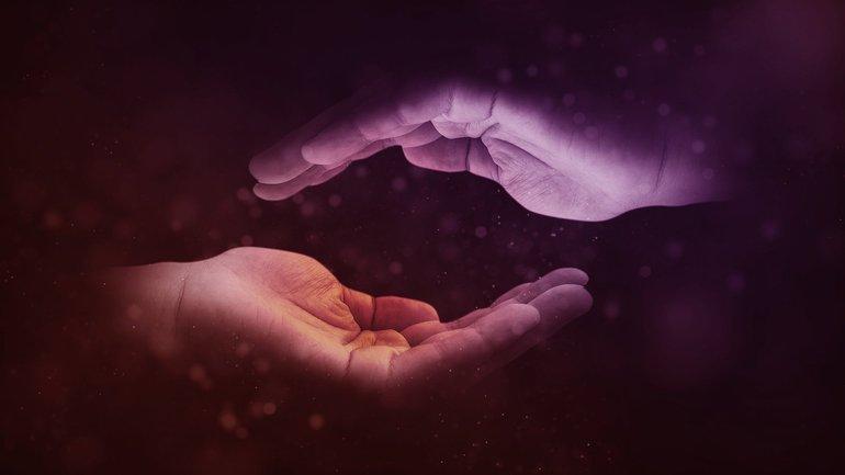 Schützende Hände aus der Zukunft