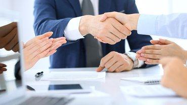 Verhandlung Einigung Abschluss Vereinbarung Händeschütteln