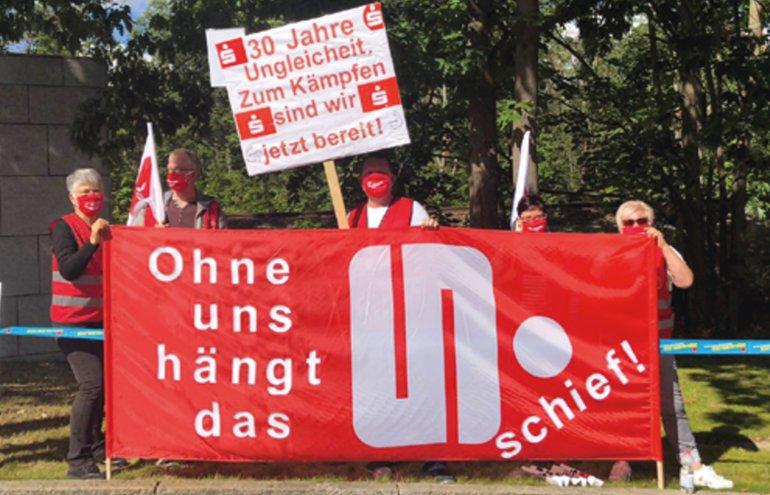 Tröd 2020 Verhandlung Auftakt Aktion Demo Potsdam 2020 Sparkassen